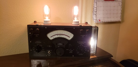 Three Bulb Bench Lamp 110 Volt