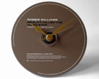 "Robbie Williams ""Reality Killed The Video Star"" CD Clock and Keyring Gift Set"
