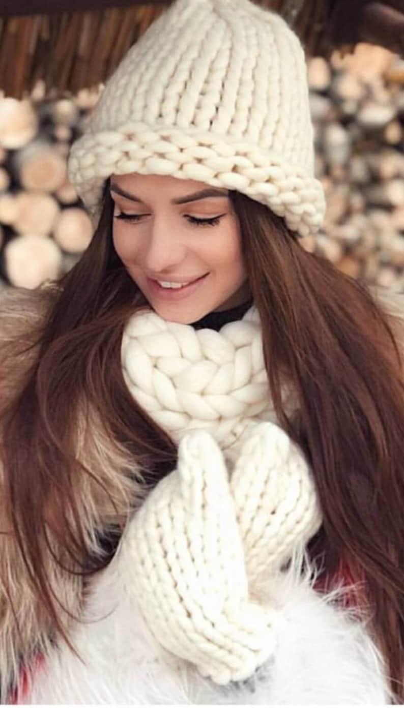 3e655a7ca53c5d Lama Lama 100% Merino Wool hand-knitted winter hat mittens   Etsy
