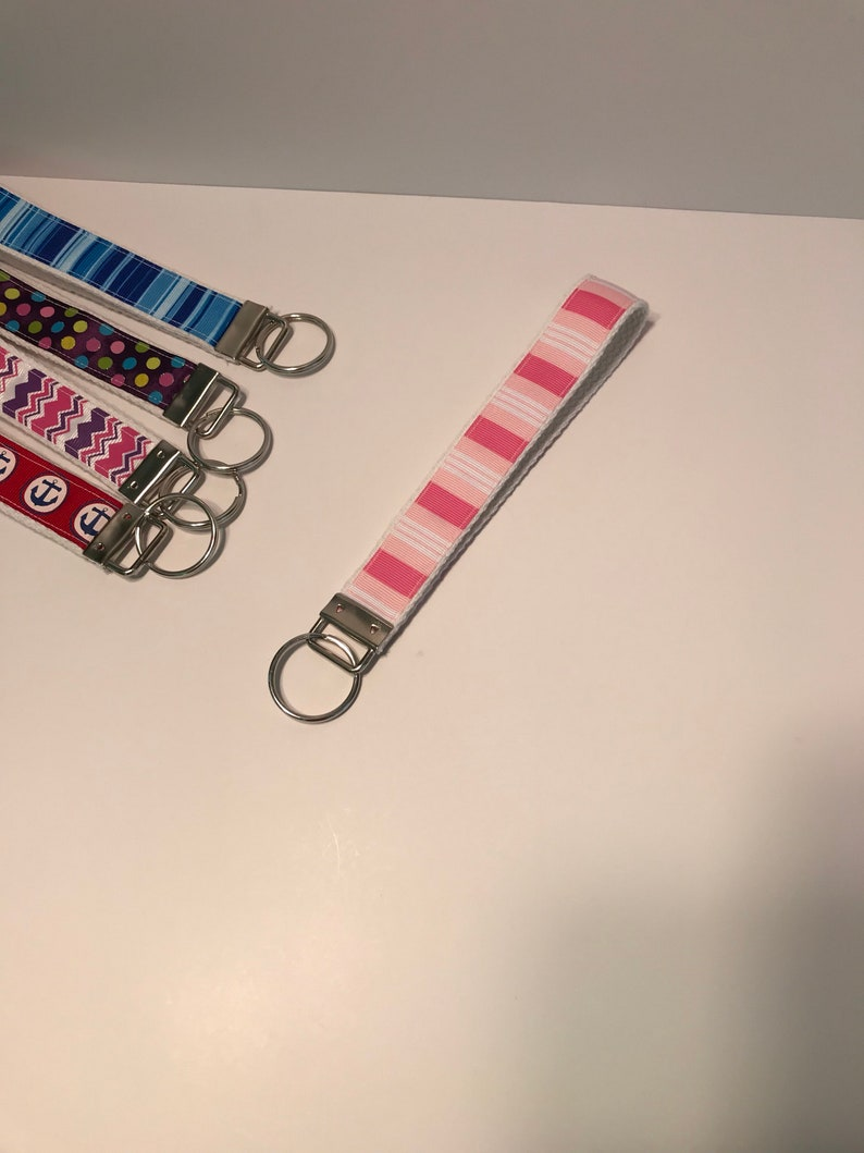 "Hot Pink Camo Zig Zag Chevron Key Fob// Wristlet// Key Chain 1/"" Hot Pink"