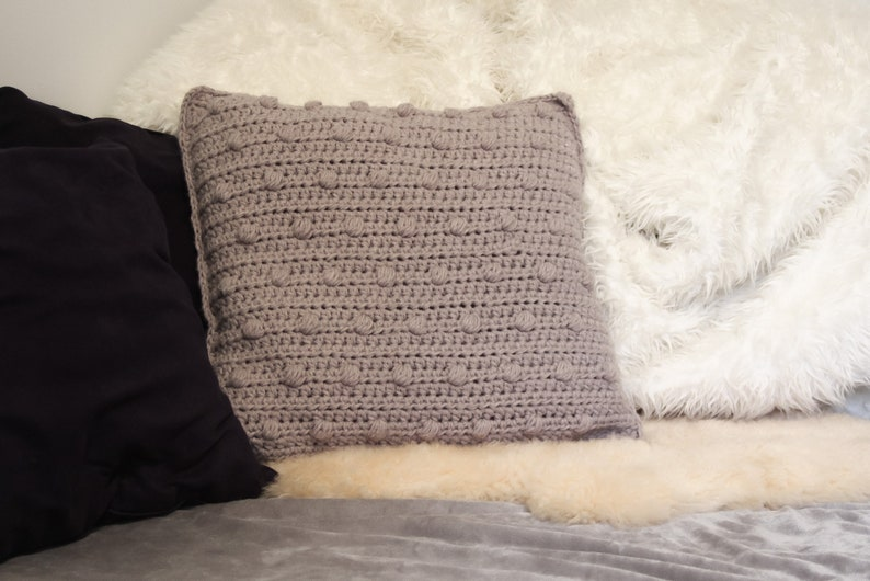 Crochet Pillow Pattern / Crochet PDF Pillow Pattern / image 0
