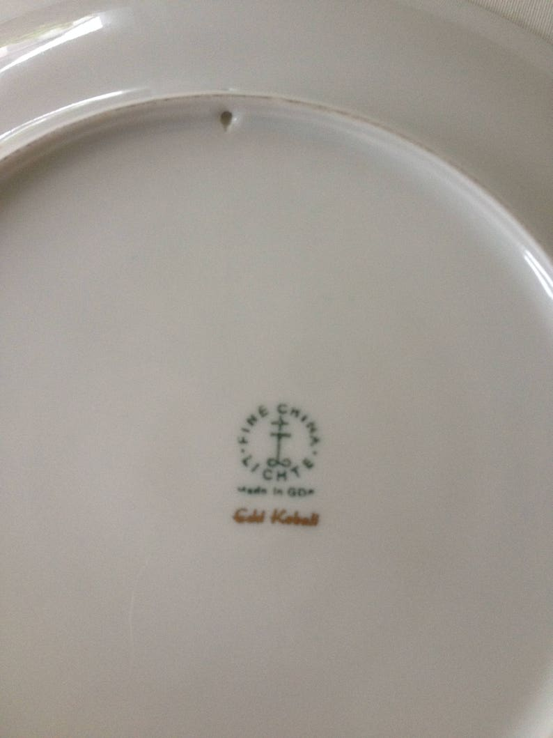 Hand-shaped Pottery Matcha bowl Green tea Chanoyu Tea ceremony Raku-yaki CHAWAN Tea bowl Nippon2You Yellow glaze