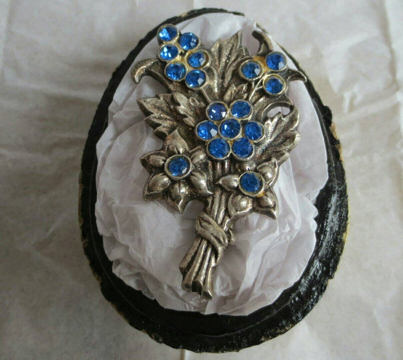 Large Silver Brooch Pin Blue Crystal Chatons Rhinestone Flowers Posy Sheaf Old Heavy Solid Silver 26.6 Grams Fine  Jewellery Jewelry Gift