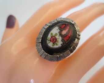 Art Deco Style Vintage Ring Adjustable Size Silvertone & Enamelwith Black Red White Cabochon Floral Costume Jewellery Jewelry Gift