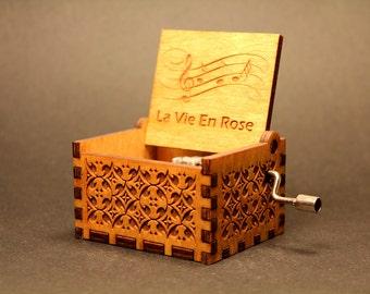Engraved Handmade Wooden Music Box - La Vie En Rose