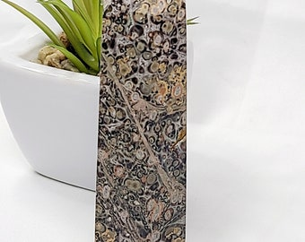 Leopard Skin Jasper Tower