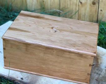 Large Keepsake Box Dovetail Box