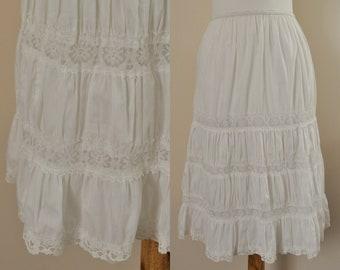 b8e7529972f Vintage Lace Petticoat   1950s White Cotton Slip Elastic Waist   50s Semi  Full Ruffled Petticoat   Womens XS S M   1950s Steampunk Lingerie