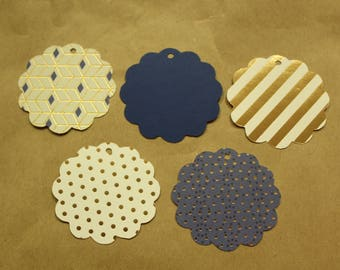 Scalloped Gift Tags