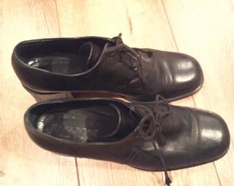 women's  block-heel oxford  black leather shoes  Italy  size 40  black oxford  women's leather shoes  black leather oxford shoes