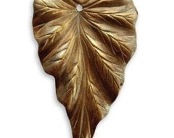 Vintaj Brass Woodland Leaf Pendant