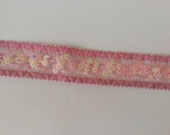 Pink lace with sequin width 3 cm