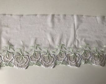 Embroidered lace on tulle spandex total 16 cm in width