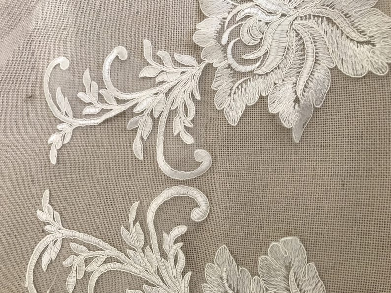 Apply to sew guipure lace Ecru 39 cm by 18 cm