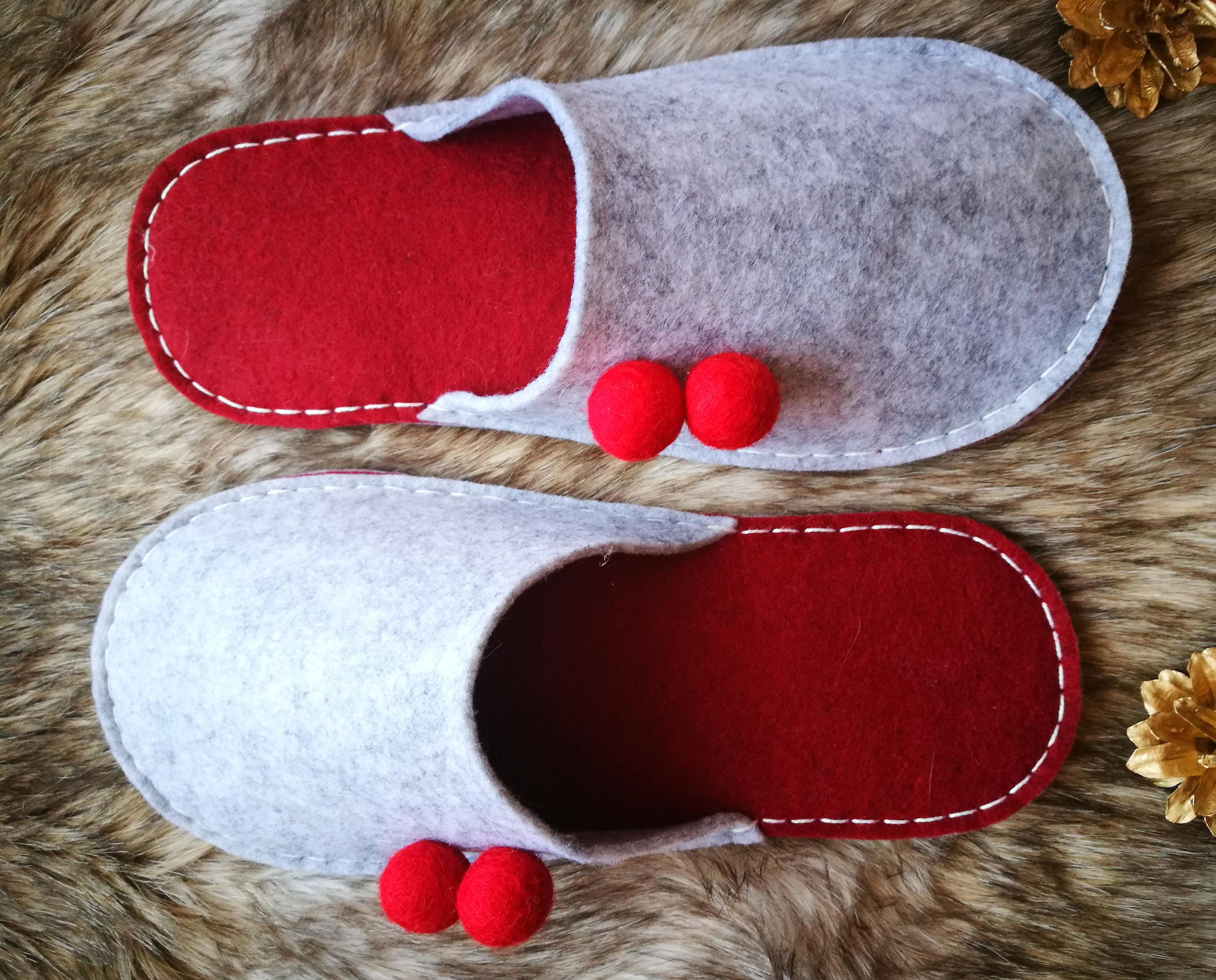 Felt slippers with red felted womens wool balls Felted slippers womens felted slippers House shoes Indoos slippers Christmas gift Warm slippers Birthday f9b0ea