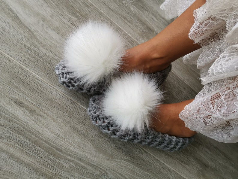 019ea4b77c263 Cute knitted slippers Chunky Wool Slippers with faux fur pom pom Bridesmaid  gift Bridal party gift Fur slippers Home shoes Knit slippers