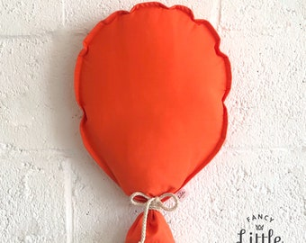 ORANGE party wall balloons: fabric balloon for decorating. Fancy Little Day