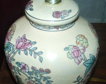 Ginger Jar Handpainted Table Lamp in excellent condition , Flowers and Bows, Medium Size, With Reduced Shipping