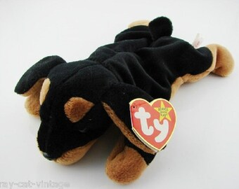 Beanie Babies from the 90's just in time for Christmas Stocking Stuffers, All are in Excellent Contion