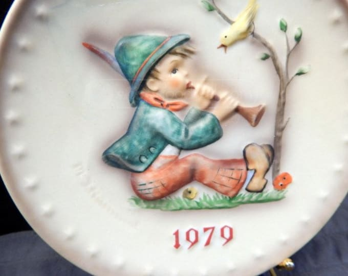 Hummel Collectable Plates, 1978, 1979 Annual Plates, One Apple tree plates, All in boxes, in Excellent Condition