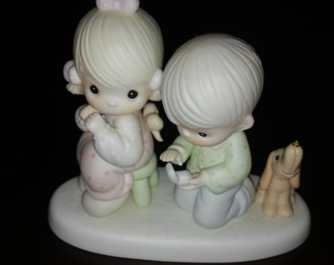 """Vintage Precious Moments Figurine from 1987 """"With this ring """" Excellent Condition with no Cracks or chips"""