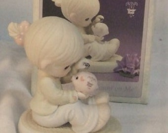 "Precious Moments Figurine, ""You can always count on me"" , in the oringinal box, Excellent Condition"