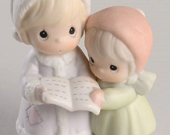 Precious Moments Sugar Town Figurines, Aunt Ruth and Aunt Dorothy & Grandfather, Box are in the original boxes in Excellent Condition.