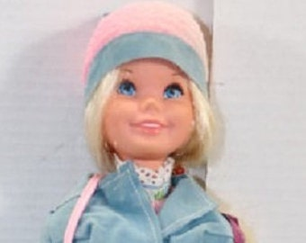 Rare Vintage Mod Barbie from 1971, She is in Excellent condition, Blonde with her Mod Clothes, 21 Inches.