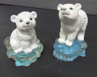 POLAR PLAYMATES Sitting on Ice burgs , Set of Five,  In Excellent Condition , With Reduced Shipping
