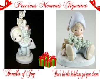 Precious Moments Christmas Figurine Set,  Mom with Gifts and Dad dreading Christmas,  The perfect gifts for Mom and Dad, In Excellent Cond