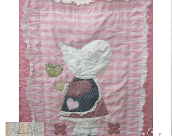 Vintage Handmade Sunbonnet Sue Quilt, 41 X 53,  In Excellent Condition with No Damage, With Reduced Shipping