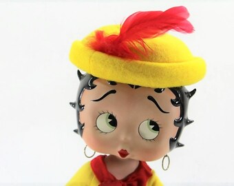 Vintage Betty Boop in her Marilyn Monroe Dress, the original box with Accessories,  Excellent Cond, Free Shipping