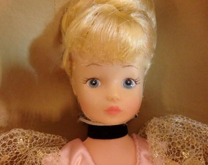 Toys- Porcelain Disney Cinderella Doll by Horseman in original box