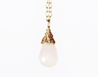 Rose Quartz Necklace, Rose Quartz Pendant, Rose Quartz Jewelry, Pink Necklace, Delicate Necklace, Delicate Jewelry, Minimalist Necklace