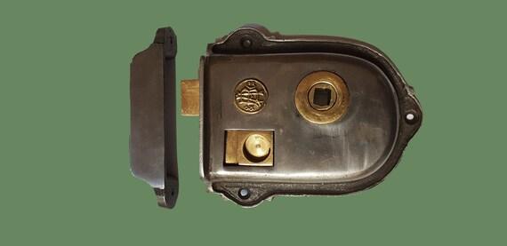 ~Quality ~Davenport ~ Cast Iron /& Brass Rim Lock ~/& Door Knobs 65.mm