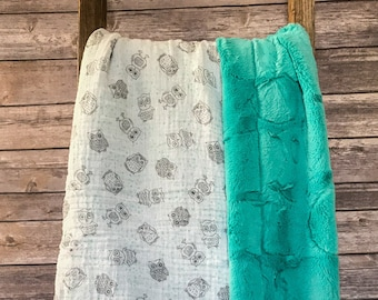 MINKY BABY BLANKET. Owls and Turquoise Minky Blanket. Owl Baby Blanket.