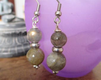Very pretty earrings with labradorite.