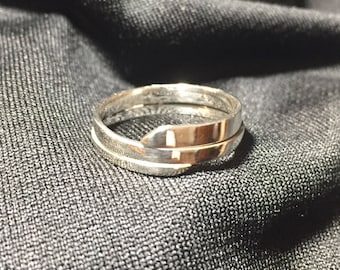 Sterling silver wrap around band size 8