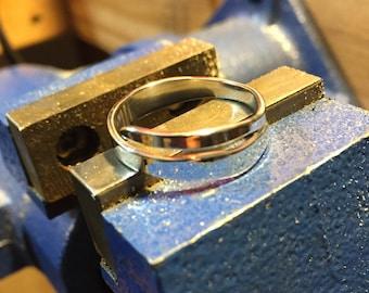 Hyper polished sterling silver band size 8 1/2