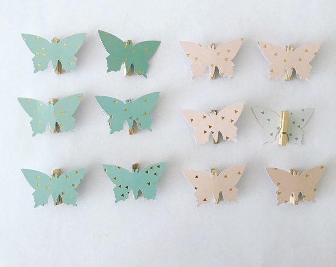 """""""Butterflies"""" clips"""
