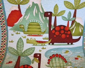 Dinosaur quilt, dinosaur blanket, wall hanging,  baby quilt, toddler quilt, toddler blanket,  wall hanging, lap quilt, gender neutral, I Spy