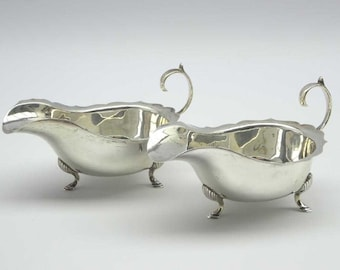 Antique English Sauce Boats in sterling silver, British made. Georgian era