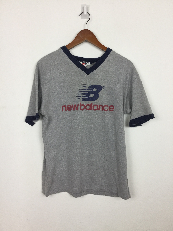 30e119f5 Vintage 90s New Balance T Shirt Size M   Etsy