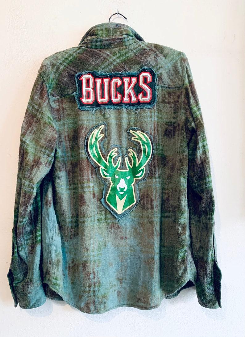 Milwaukee Bucks upcycled grunge style distrssed flannel Unisex Men/'s Sz Medium