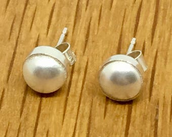 Pearl earrings, Pearl, Swarovski pearl, Pretty Pearl earrings, Pearl jewellery, swarovski, sterling silver, silver pearl earrings,