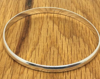 8mm Thick silver bangle, Sterling silver bangle, D wire bangle, solid silver bracelet, big bangle, wide bangle, oval bangle, silver bangle