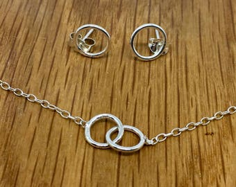Sterling Silver Infinity jewellery set, Silver Infinity necklace, infinity earrings, affordable gift for her, christmas gift idea