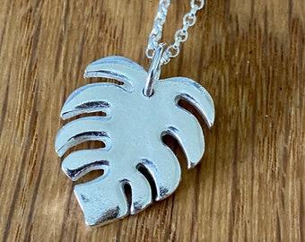 Silver monstera leaf pendant, silver tropical necklace, silver monstera leaf necklace, silver monstera leaf, monstera leaf