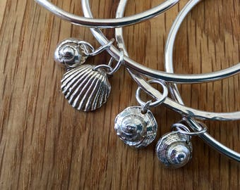 Silver Seashell bangles, his and her gifts, bridesmaid gift, gift for bridesmaid, gift for wedding party, matching gifts, his and her gifts