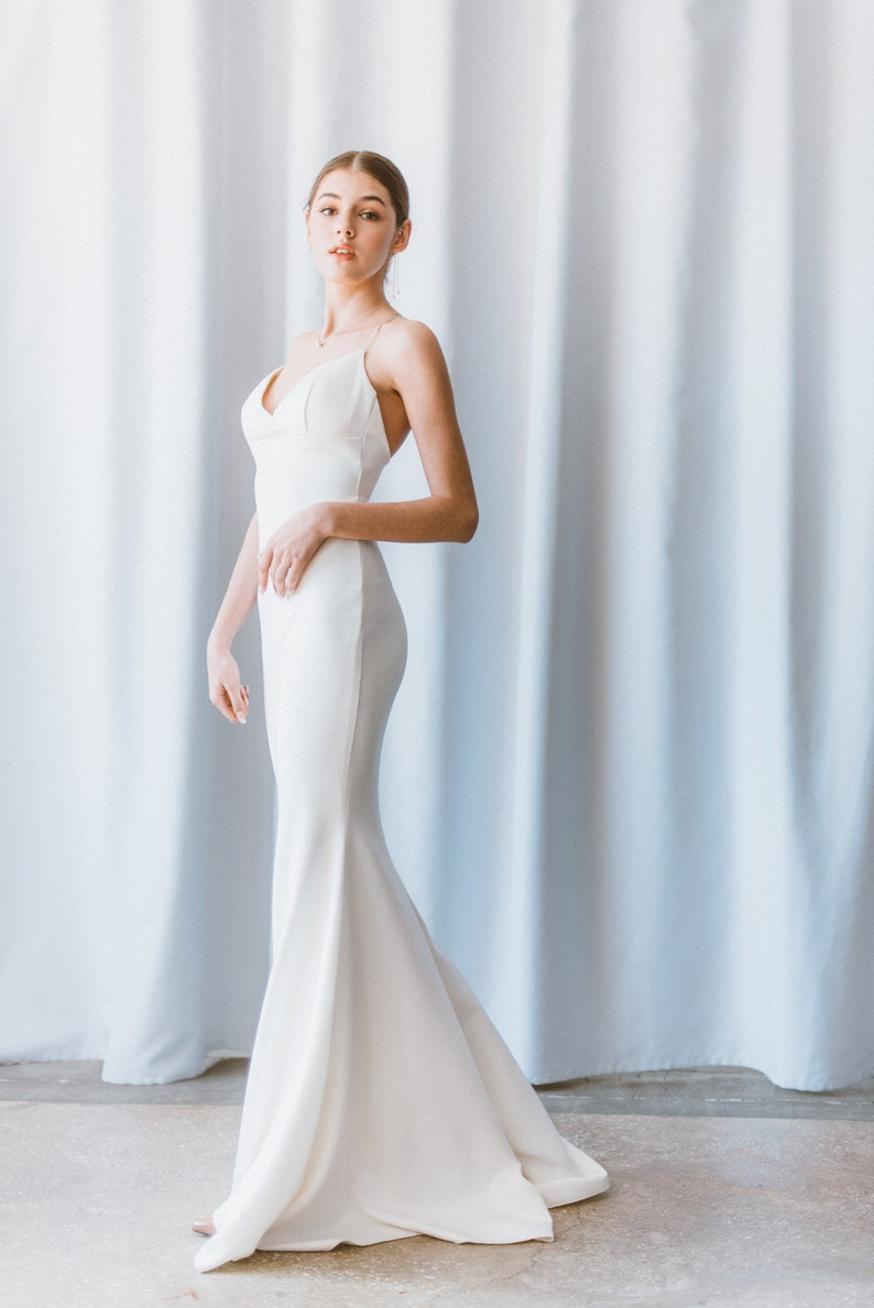 Simple Wedding Dress // Simple sleeveless wedding dress // image 4